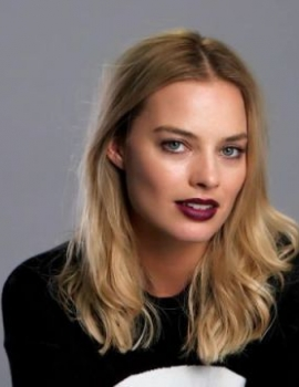 Margot Robbie as Flopsy
